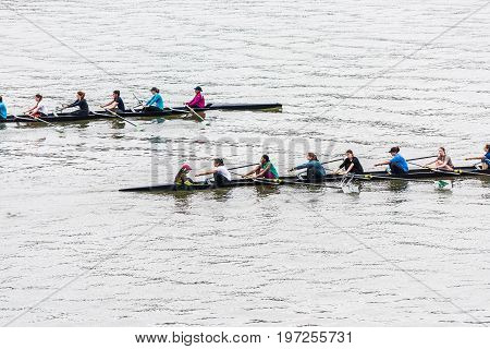 Washington Dc, Usa - March 20, 2017: People Rowing On Potomac River On Many Boats