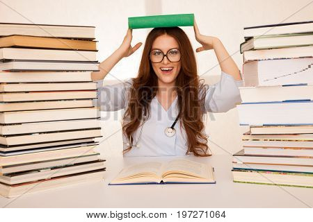 attractive beautiful young woman with eyeglasses medicine student
