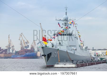Chinese Warship 174 Stands On Neva River