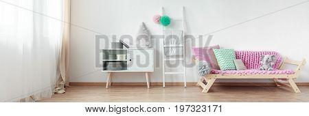 Roomy Scandinavian Design Bedroom