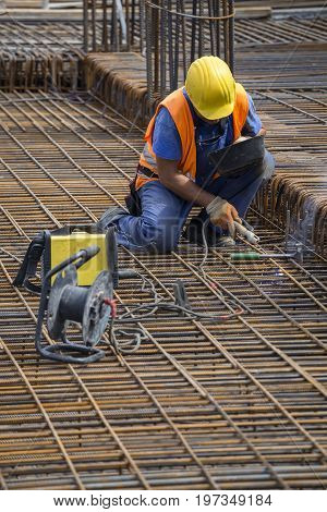 Welding Angled Rebar For Concrete Reinforcing