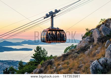 Cabin With Cableway And Ancient Dubrovnik At Sunset