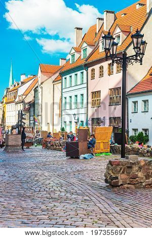 Street Market And People In Historical Center In Riga Baltic