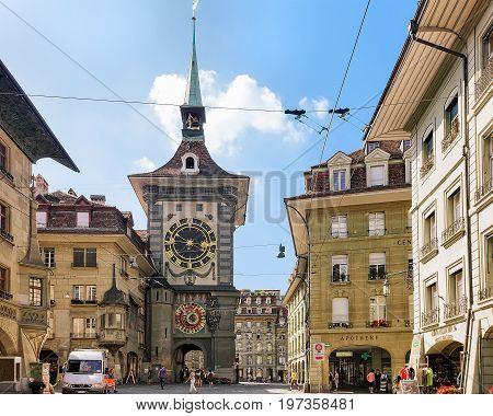Tourists At Kramgasse Street With Zytglogge Bern Swiss