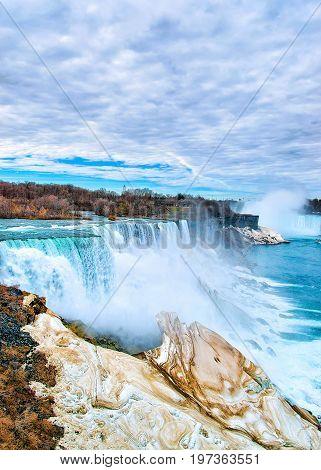Wonderful Niagara Falls Usa Nature  In Spring