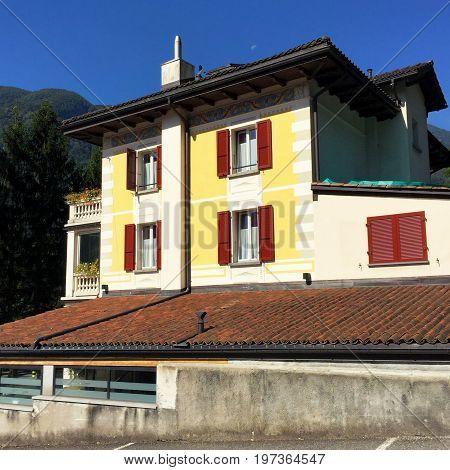 House Architecture In Aurigeno