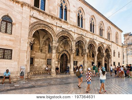 Tourists At Rector Palace On Stradun Street In Dubrovnik