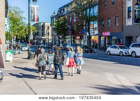 Montreal, Canada - May 27, 2017: People Walking On Saint Laurent Boulevard In Montreal's Plateau Mon