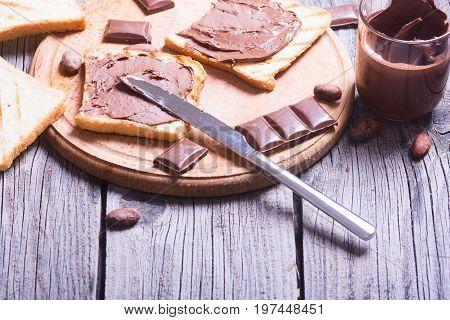 nut nougat cream sandwich with chocolate .