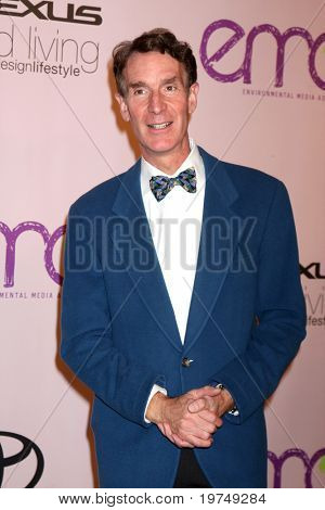 LOS ANGELES - OCT 25:  Bill Nye, the Science Guy arrives at the Environmental Media Awards 2009 at Paramount Studios on October 25, 2009 in Los Angeles, CA.