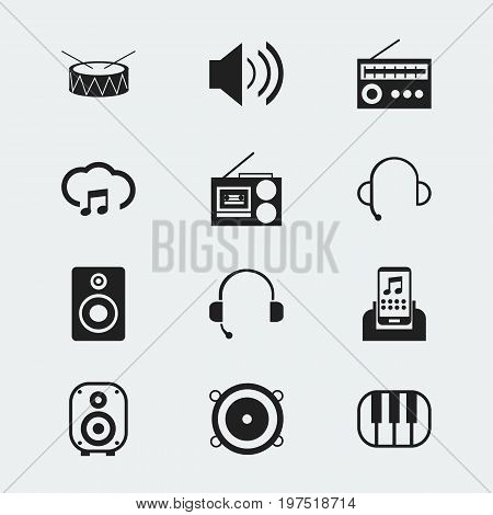 Set Of 12 Editable Mp3 Icons. Includes Symbols Such As Speaker, Studio Device, Retro Tuner And More