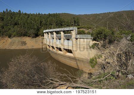 Mount Bold Reservoir And Dam