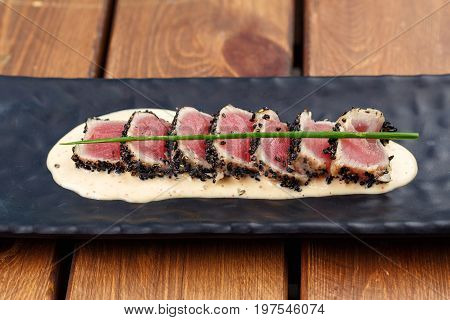 aerial view of freshly seared Ahi tuna and mashed potato appetizer