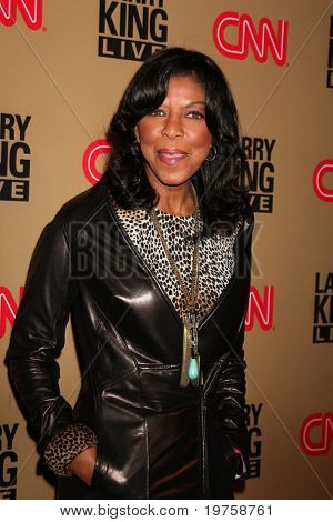 LOS ANGELES - DEC 16:  Natalie Cole arrives at CNN's 'Larry King Live' final broadcast party at Spago on December 16, 2010 in Beverly HIlls, CA.