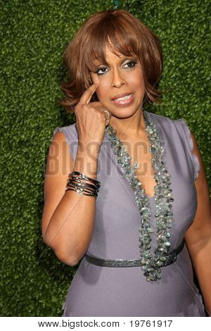 LOS ANGELES - JAN 6:  Gayle King arrives at the Oprah Winfrey Network Winter 2011 TCA Party at The Langham Huntington Hotel on January 6, 2011 in Pasadena, CA.