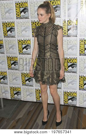 SAN DIEGO - July 22:  Danielle Panabaker at Comic-Con Saturday 2017 at the Comic-Con International Convention on July 22, 2017 in San Diego, CA