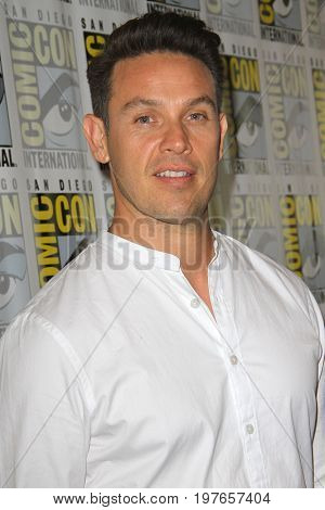 SAN DIEGO - July 22:  Kevin Alejandro at Comic-Con Saturday 2017 at the Comic-Con International Convention on July 22, 2017 in San Diego, CA
