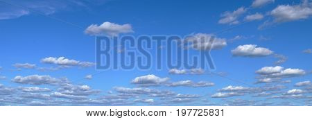 clouds sky cumulus panorama bright blue atmosphere meteo backdrop weather