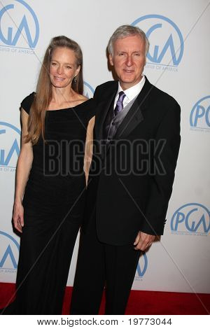 BEVERLY HILLS - JAN 22:  Suzy Amis, James Cameron arrive at the 22nd Annual Producers Guild Awards at Beverly Hilton Hotel on January 22, 2011 in Beverly Hills, CA