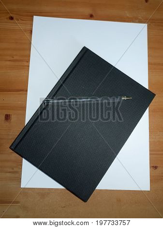 Black Desktop Notepad With Ball Point Pen For Taking Notes For Studying And Students