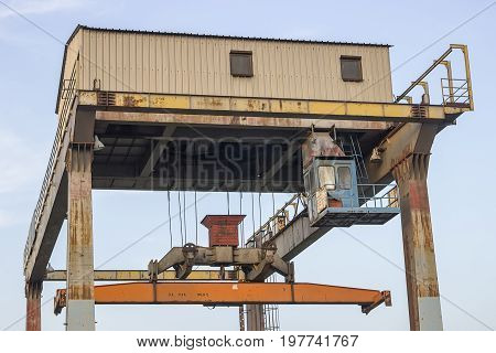 Portal Crane For Containers