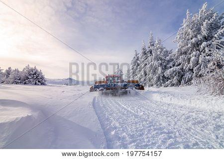 Ratrak grooming machine special snow vehicle in winter