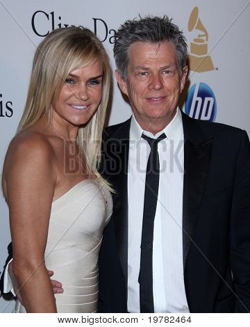LOS ANGELES - FEB 12:  David Foster arrives at the 2011 Pre-GRAMMY Gala And Salute To Industry Icons  at Beverly Hilton Hotel on February 12, 2011 in Beverly Hills, CA