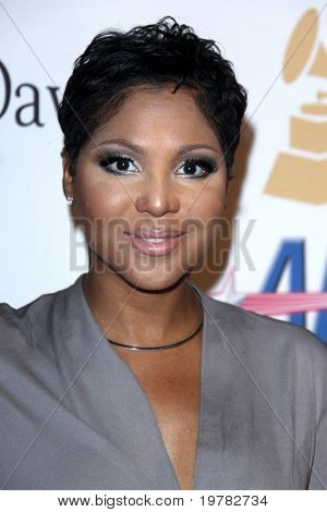 LOS ANGELES - FEB 12:  Toni Braxton arrives at the 2011 Pre-GRAMMY Gala And Salute To Industry Icons  at Beverly Hilton Hotel on February 12, 2011 in Beverly Hills, CA