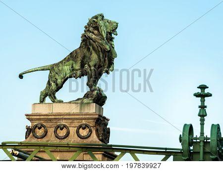 Lion of the Schemerl Bridge in Vienna poster