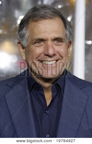 LOS ANGELES - FEB 16: Les Moonves arrives at the