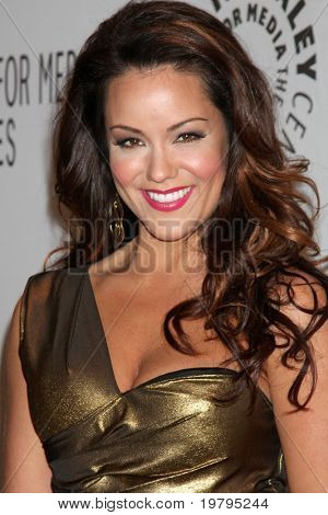 LOS ANGELES - MARCH 10: Katy Mixon arrives at the