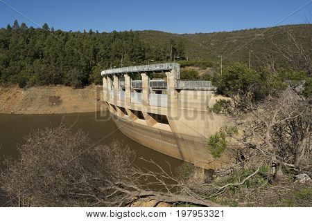 Kangarilla South Australia Australia: July 1 2017 - Mount Bold Reservoir and side of the dam opened in 1938 and now open to the public.