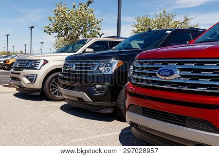 Noblesville - Circa April 2019: Ford Car And Truck Dealership. Ford Sells Products Under The Lincoln