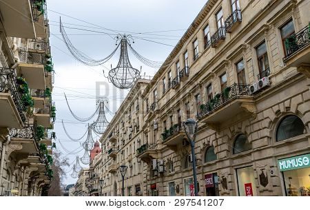 Baku, Azerbaijan - April 13, 2019: Nizami Street In The Center. Shopping Center Of Baku. The Street