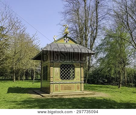 Stowe, Buckinghamshire, Uk - April 19: Chinese House On April 19, 2019 In Stowe, Buckinghamshire, Un