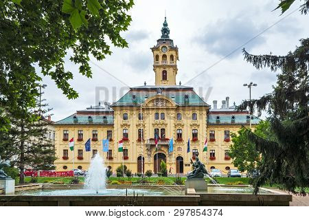 Szeged, Hungary, June 27: View Of The City Hall From The Side Of The Szecheny Square In Szeged With