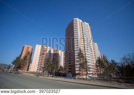 Autumn, 2013 - Vladivostok, Primorsky Region - High-rise Residential Buildings. Multi-colored Reside