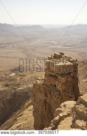 Beautiful Dramatic View Of The Desert. Wilderness. Nature Landscape. Makhtesh Crater Ramon Crater, I
