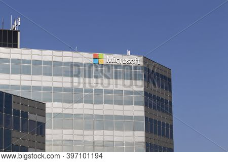 Blue Ash - Circa November 2020: Microsoft Sales Office. Microsoft Plans For A Future Beyond The Xbox