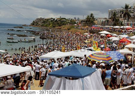 Salvador, Spell, Party, River, Queen, Northeast, Supporters, Traditiona, Goddess, Offering, February