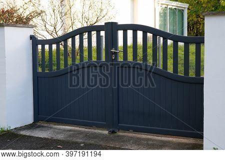 Aluminum Steel Gray Metal Gate House Portal Door Of Suburb Access Home