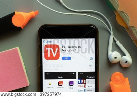 New York, Usa - 1 December 2020: Tv Television Francaise Mobile App Icon On Phone Screen Top View, I