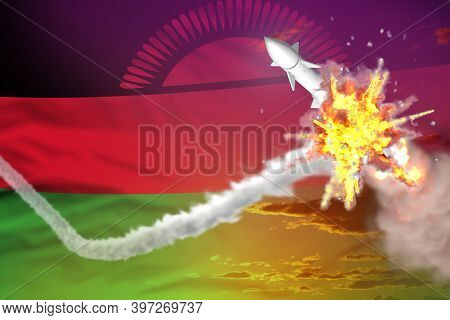 Strategic Rocket Destroyed In Air, Malawi Nuclear Warhead Protection Concept - Missile Defense Milit