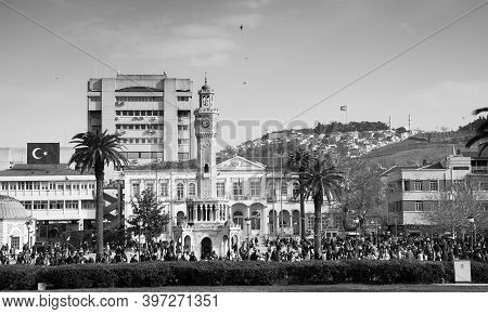 Izmir, Turkey - February 5, 2015: Konak Square With People Walking Near Old Clock Tower. It Was Buil