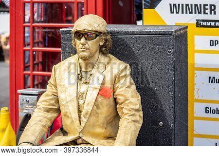 Edinburgh, Scotland, August 8th 2019.edinburgh Festival Fringe.street Performer.