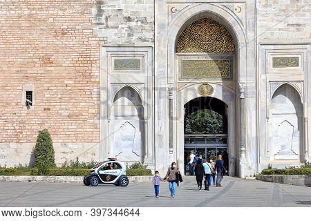 Istanbul, Turkey - October 05, 2020. Imperial Gate Of Topkapi Palace. Sultanahmet Neighbourhood, Cit