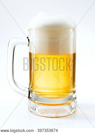 Draught beer png in a mug mockup