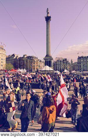 London, Uk - April 23, 2016: Tourists Visit Trafalgar Square For Saint George's Day In London, Uk. S