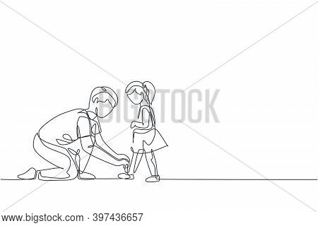 One Single Line Drawing Of Young Dad Tying Her Daughter Shoelaces Before Go To School , Parenting Ve