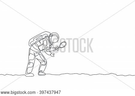 One Continuous Line Drawing Of Young Astronaut Holding Magnifier And Search For Foot Trace In Moon S